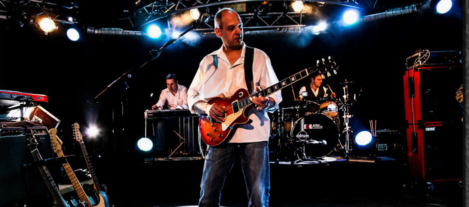 DIRE STRAITS NIGHT<br>PRESENTED BY BROTHERS IN ARMS<br>SAMSTAG 13. OKTOBER 2018